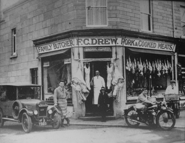 Fred Drew and family outside hiw shop 1929